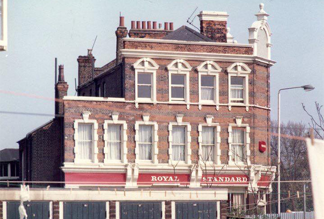 Royal Standard. Captured by Victor A. Steen in 70s.