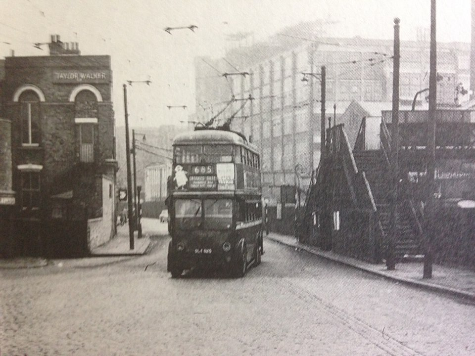 Cundy's (left), viewed on Albert Road, unknown date and author.